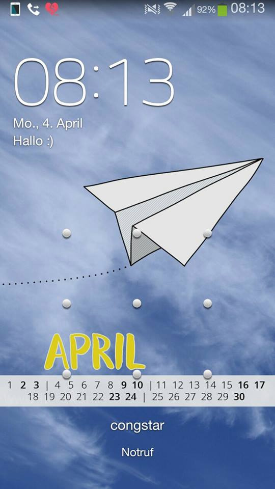 free Wallpaper April 2016 iPhone - blauer Himmel Papierflieger