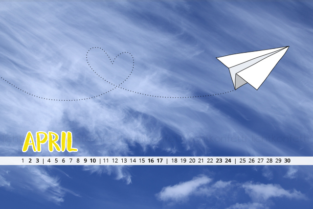 free Wallpaper April 2016 - blauer Himmel Papierflieger